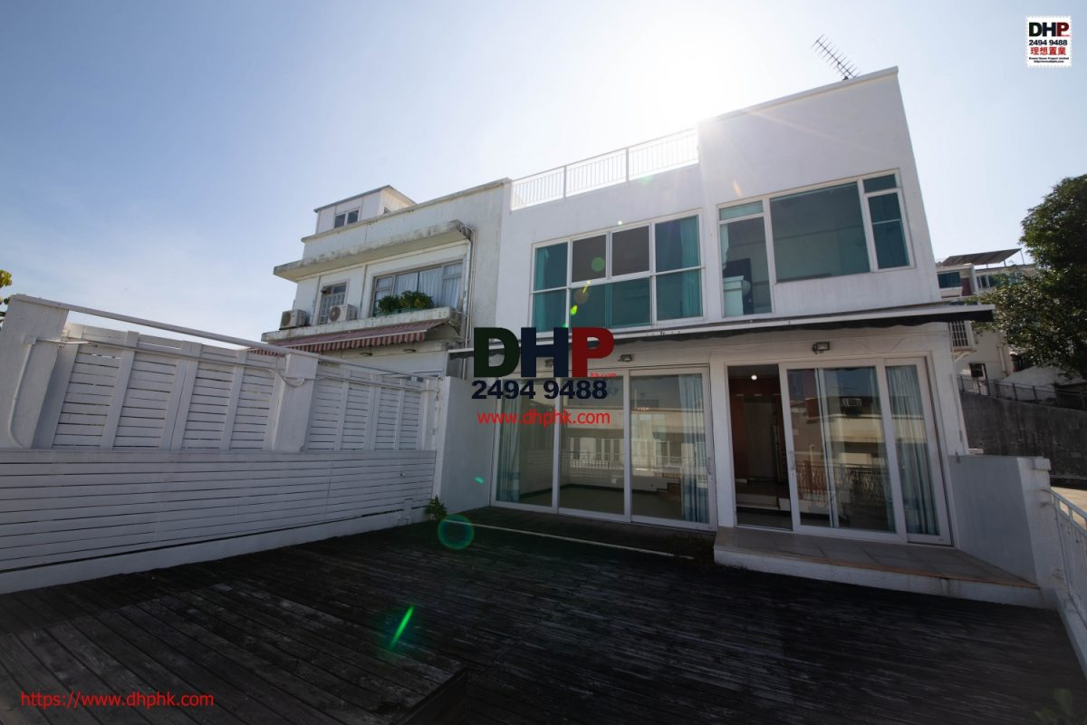 Silverstrand Villa Semi detached house Seaview Sai Kung 2 storey