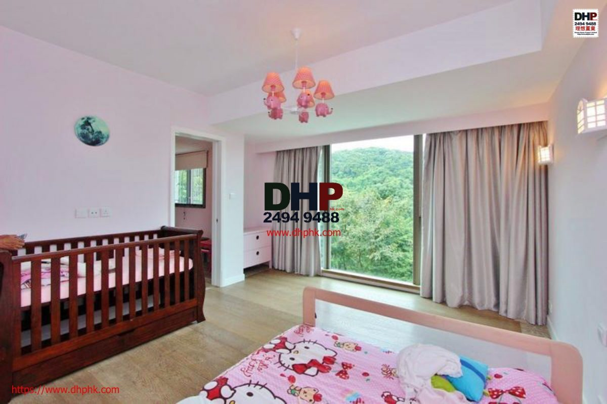 Portofino clear water bay villa managed complex sai kung