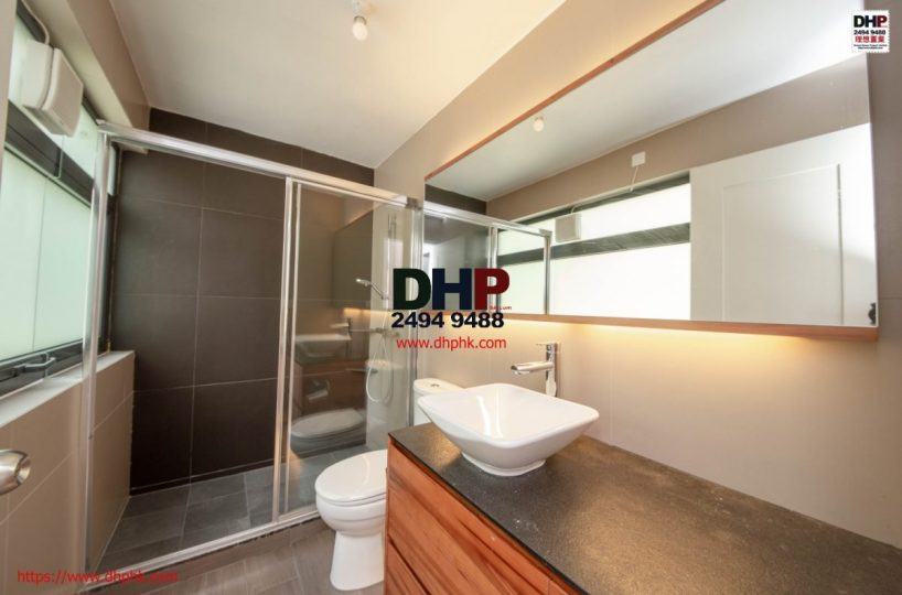 Sai Kung Mid Level Detached Village House Sai Kung property