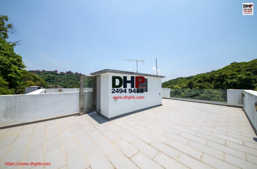 Cleawater bay village house sai kung semi detached house property for sale 清水灣半獨立村屋