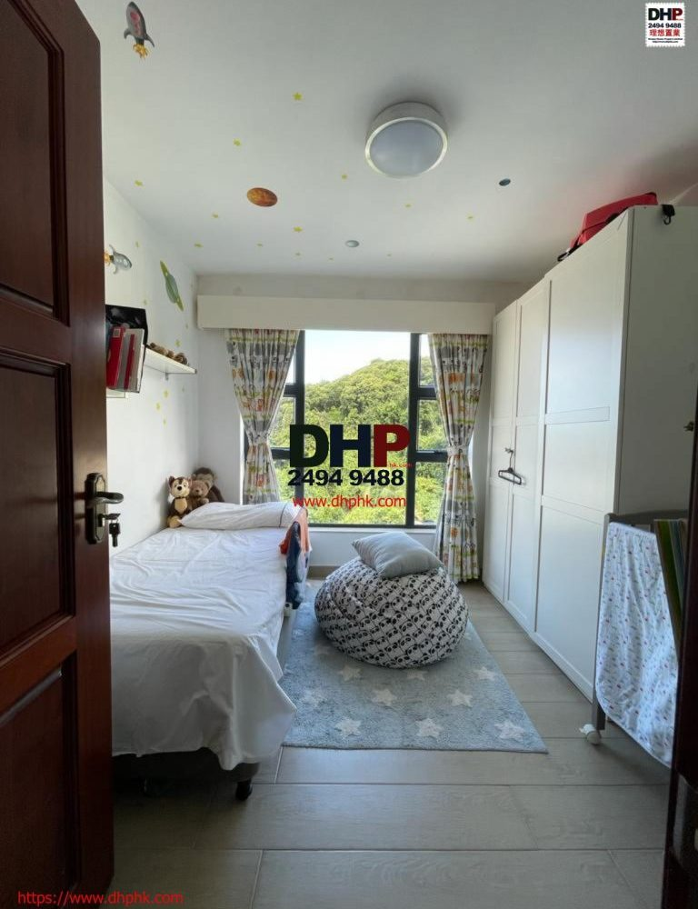 clearwater bay village house Sai Kung property for rent corner house 清水灣村屋西貢近路單邊屋